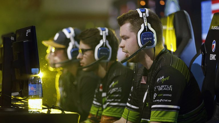 """US E-Sports player Ian Porter, gamertag """"Crimsix"""" of the OpTic Gaming's team, competes in """"Call of Duty"""" during an electronic video game tournament at the eSports World Convention (ESWC) in 2017 in Paris, France"""