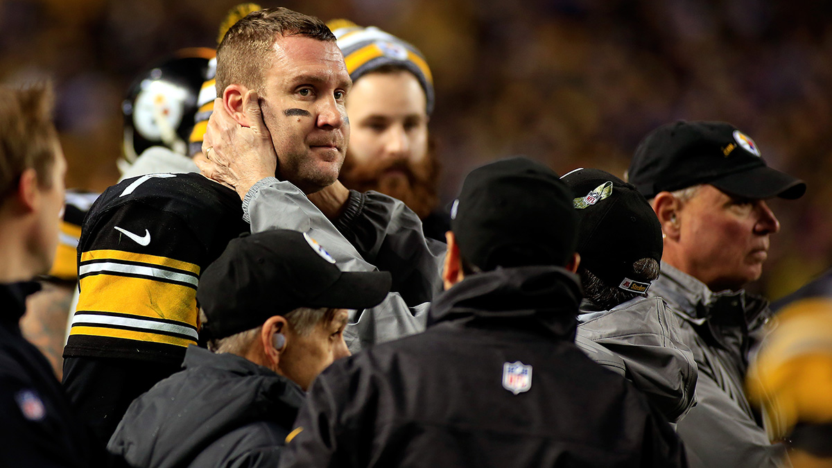 Pittsburgh Steelers starting quarterback Ben Roethlisberger being tested for a concussion