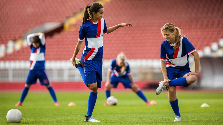 stretching, female soccer players, football