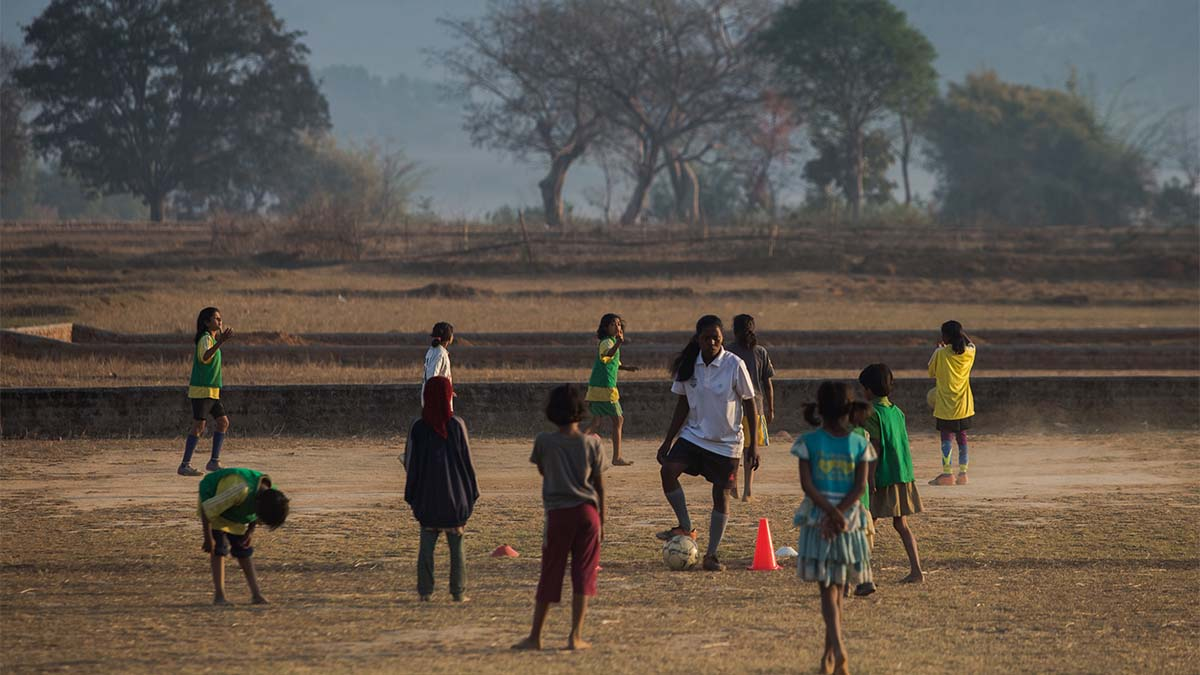 slum soccer, menstruation