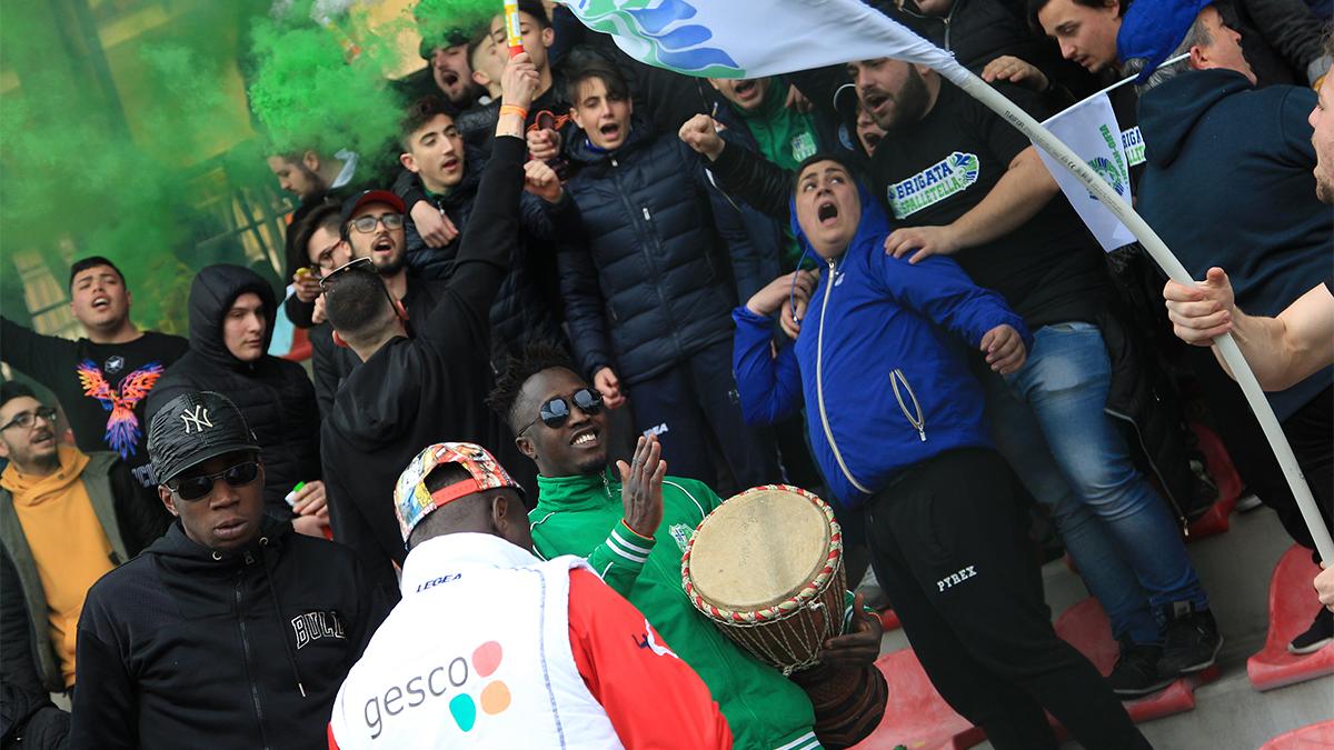 Afro-Napoli, fans, Italy, football