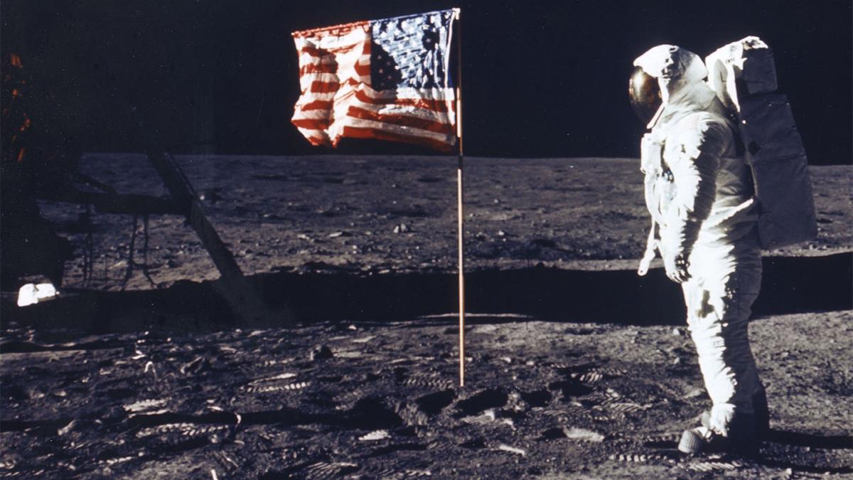 Buzz Aldrin, Moon landing