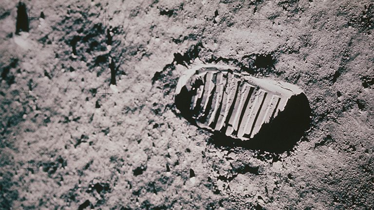 Neil Armstrong, moon landing, first step