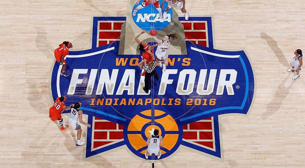 INDIANAPOLIS, IN - APRIL 05: Breanna Stewart #30 of the Connecticut Huskies tips-off against Briana Day #50 of the Syracuse Orange at the start of the first quarter during the championship game of the 2016 NCAA Women's Final Four Basketball Championship at Bankers Life Fieldhouse on April 5, 2016 in Indianapolis, Indiana. (Photo by Joe Robbins/Getty Images)